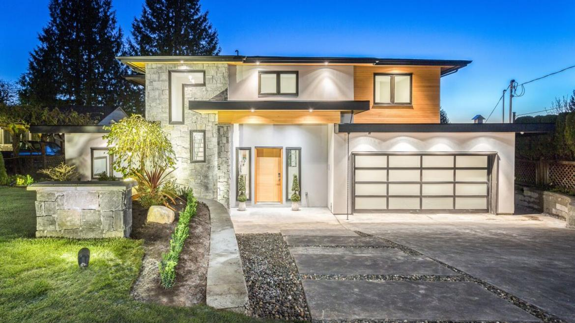 741 Winona Avenue, Forest Hills NV, North Vancouver