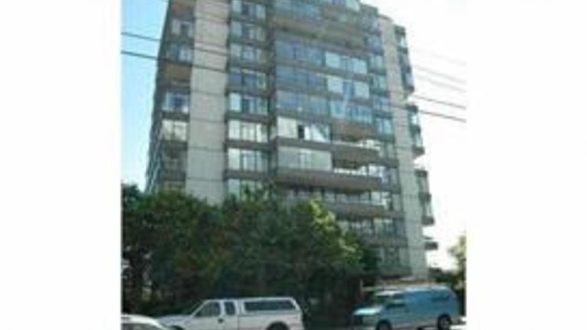 1003 - 1480 Duchess Avenue, Ambleside, West Vancouver