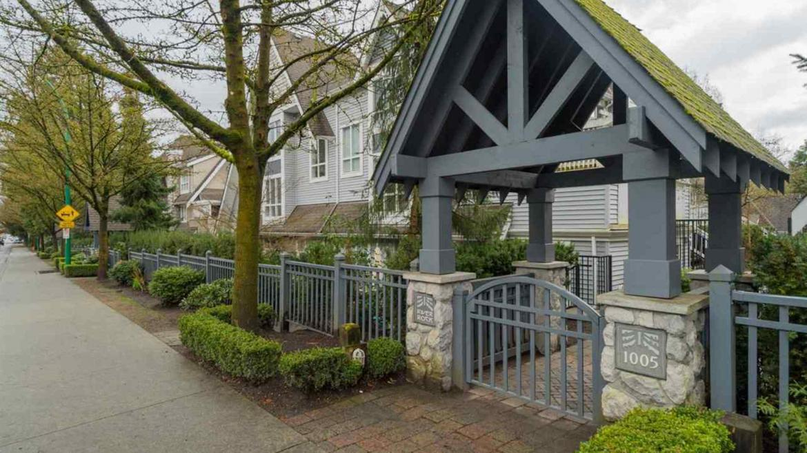 17 - 1005 Lynn Valley Road, Lynn Valley, North Vancouver